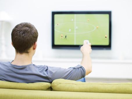 Saiba qual a distância recomendada entre uma TV de tela 4K ou Full HD e você