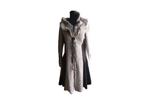 Unique Coat:  Medium