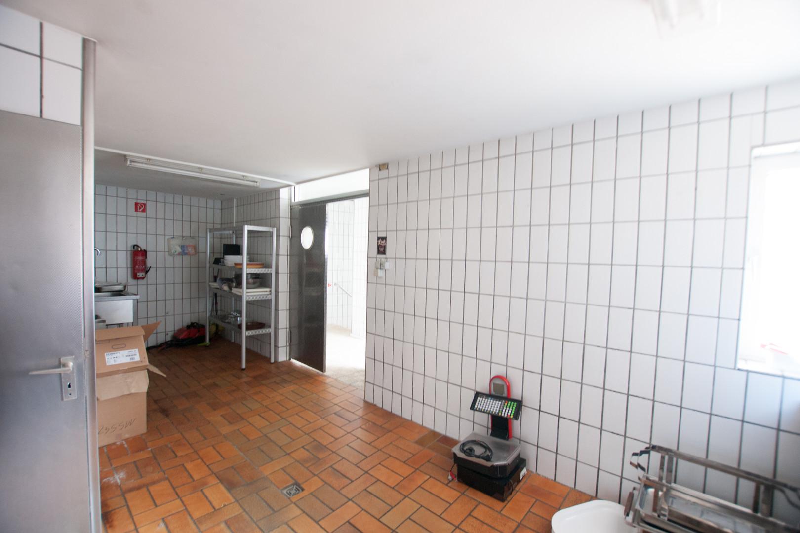 Gewerbeküche ohne Einrichtung