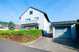 Kreuzwertheim 3 Parteien Haus.jpg