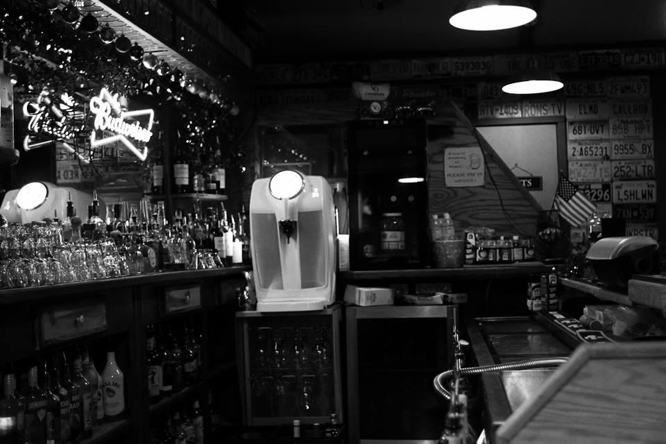 Down Bar Black & White