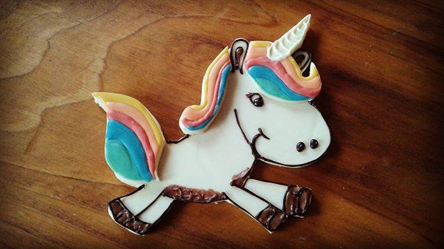 Fly little unicorn