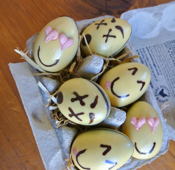 emojy egg