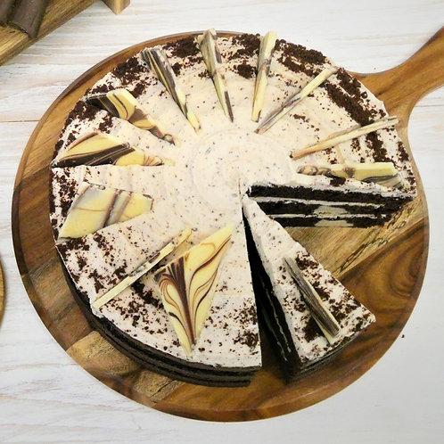 Triple Cookies & Cream Cake (10 Inch)