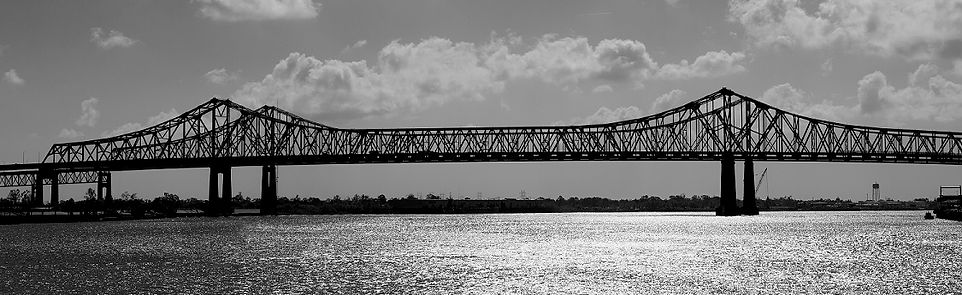 crescent-city-connection-bw.jpg