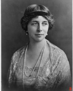 Katharine_Stewart-Murray,_Duchess_of_Atholl