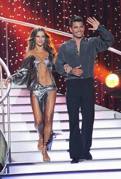 dancing-with-the-stars-aiden-turner-4a7de0b968525eb1_medium
