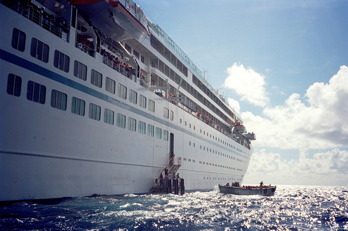 9. Cruise Ship Day Island VS The World