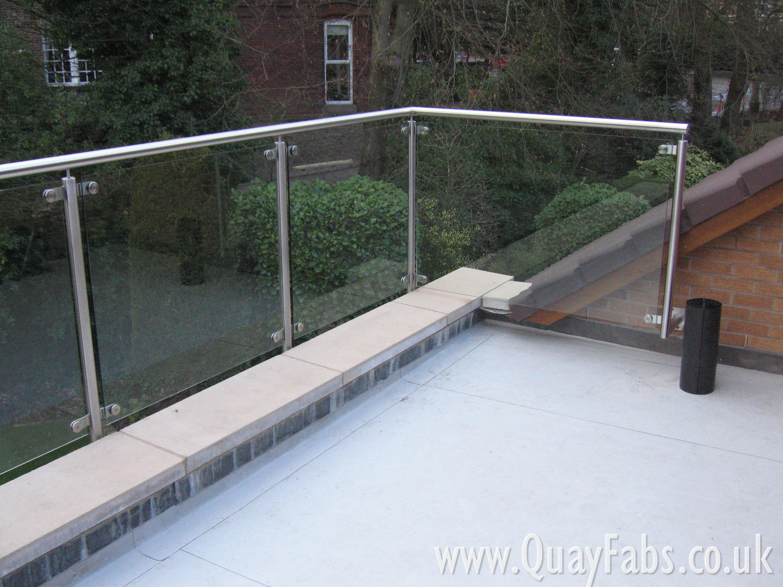 Quay Fabrications Lancaster Handrail (46)
