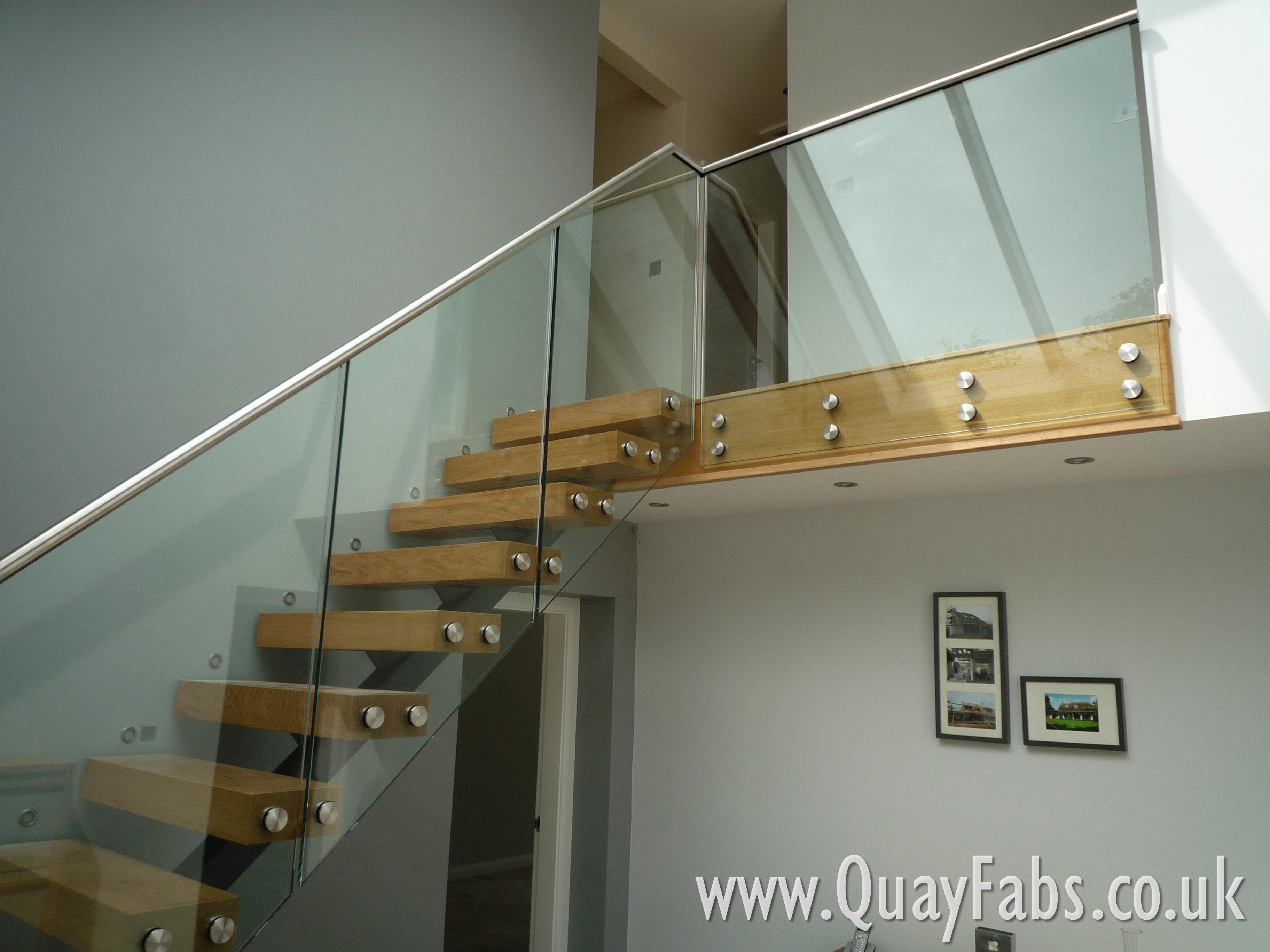 Quay Fabrications Lancaster Handrail (91)