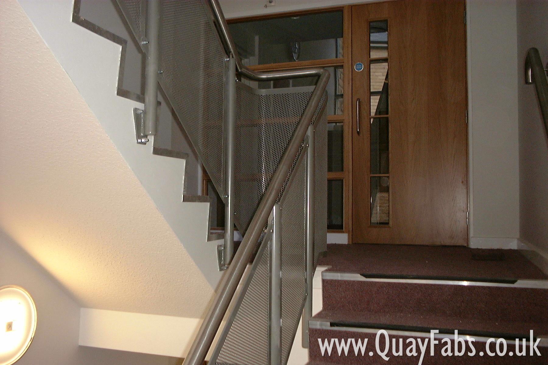 Quay Fabrications Lancaster Handrail (51)