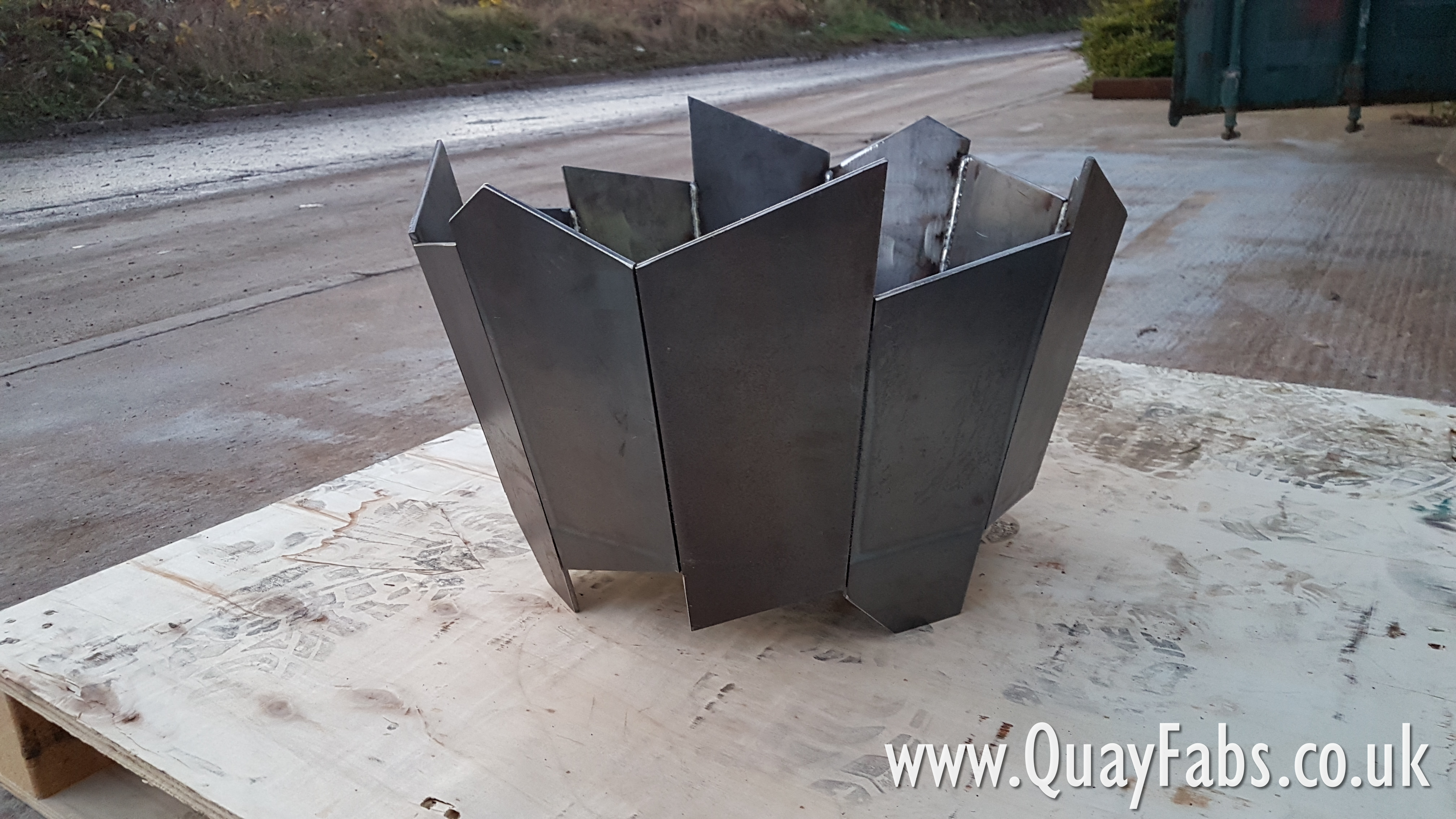 Quay Fabrications Lancaster Ltd Firepits (3)