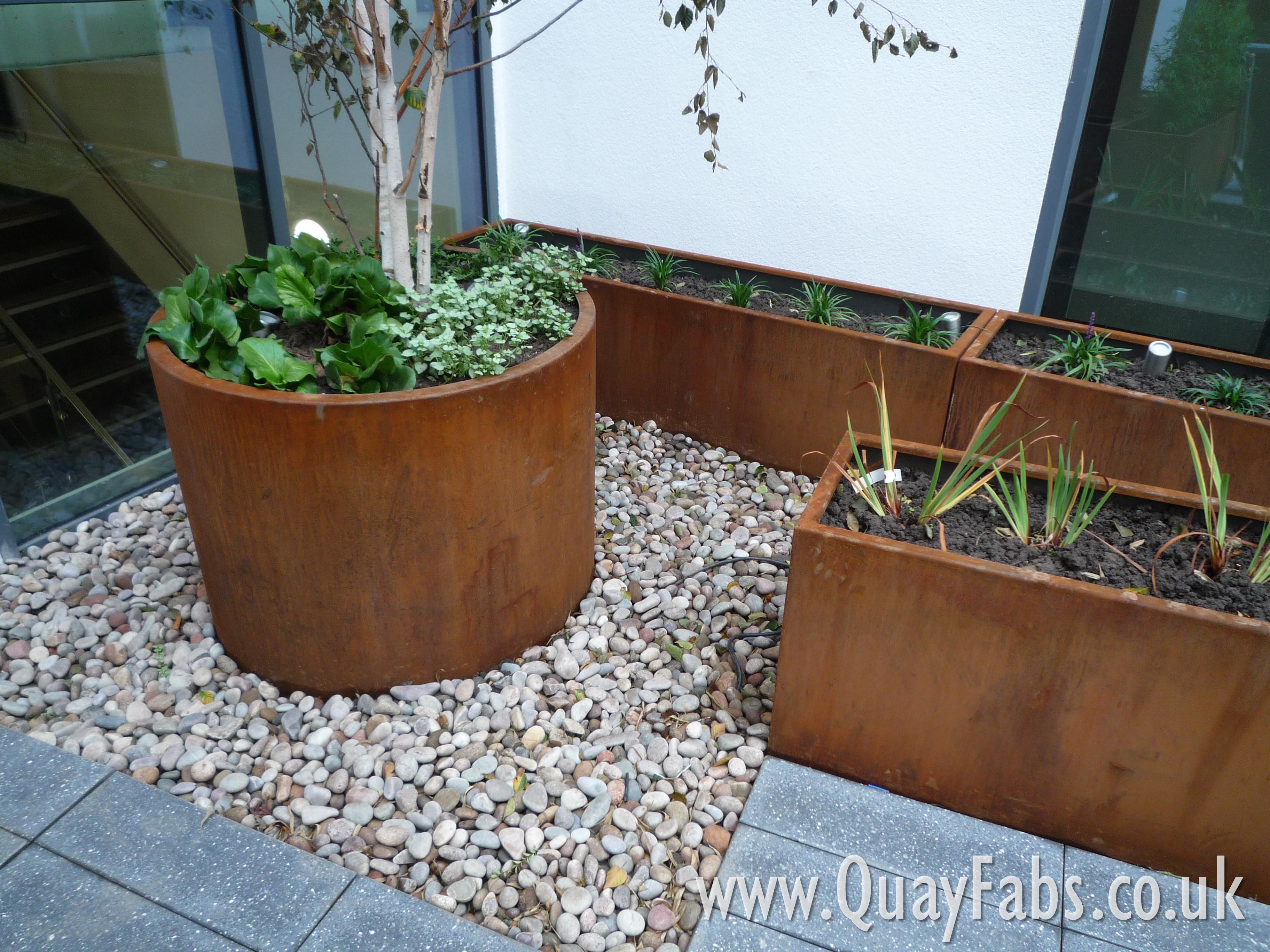 Quay Fabrications (Lancaster) Ltd - CorTen Planters (3)