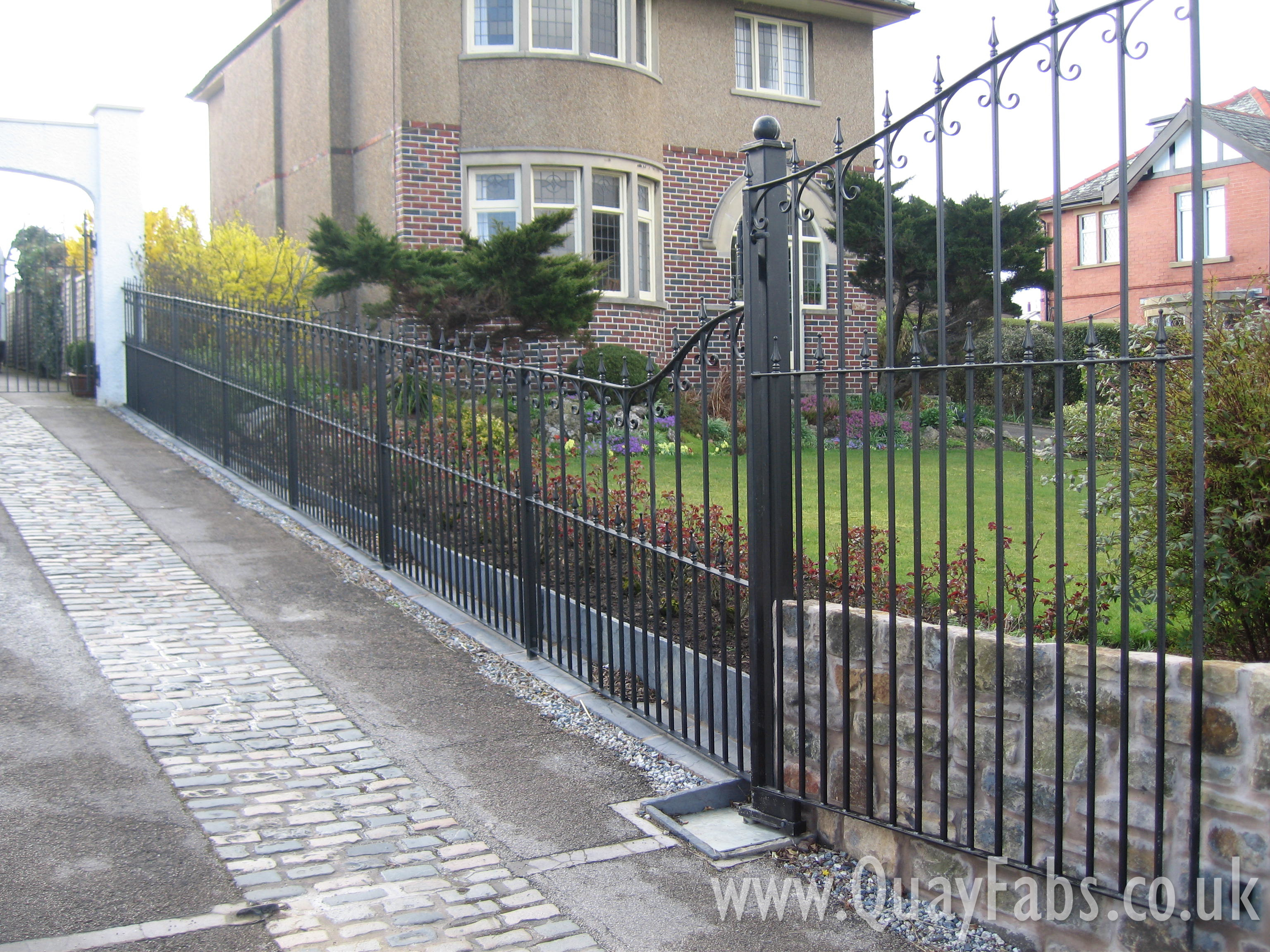 Quay Fabrications Lancaster Gates and Fences (12)