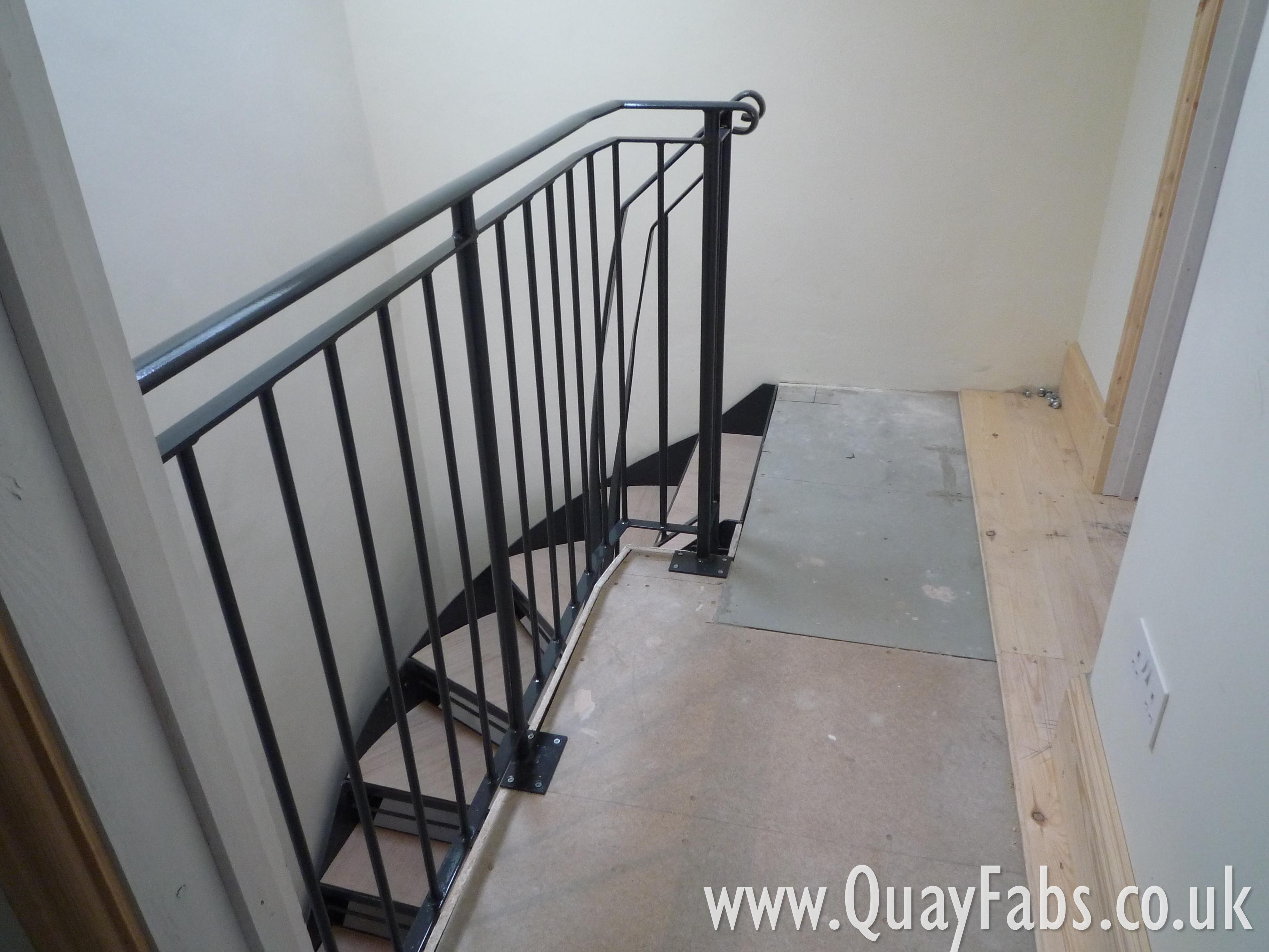 Quay Fabrications Lancaster Handrail (36)
