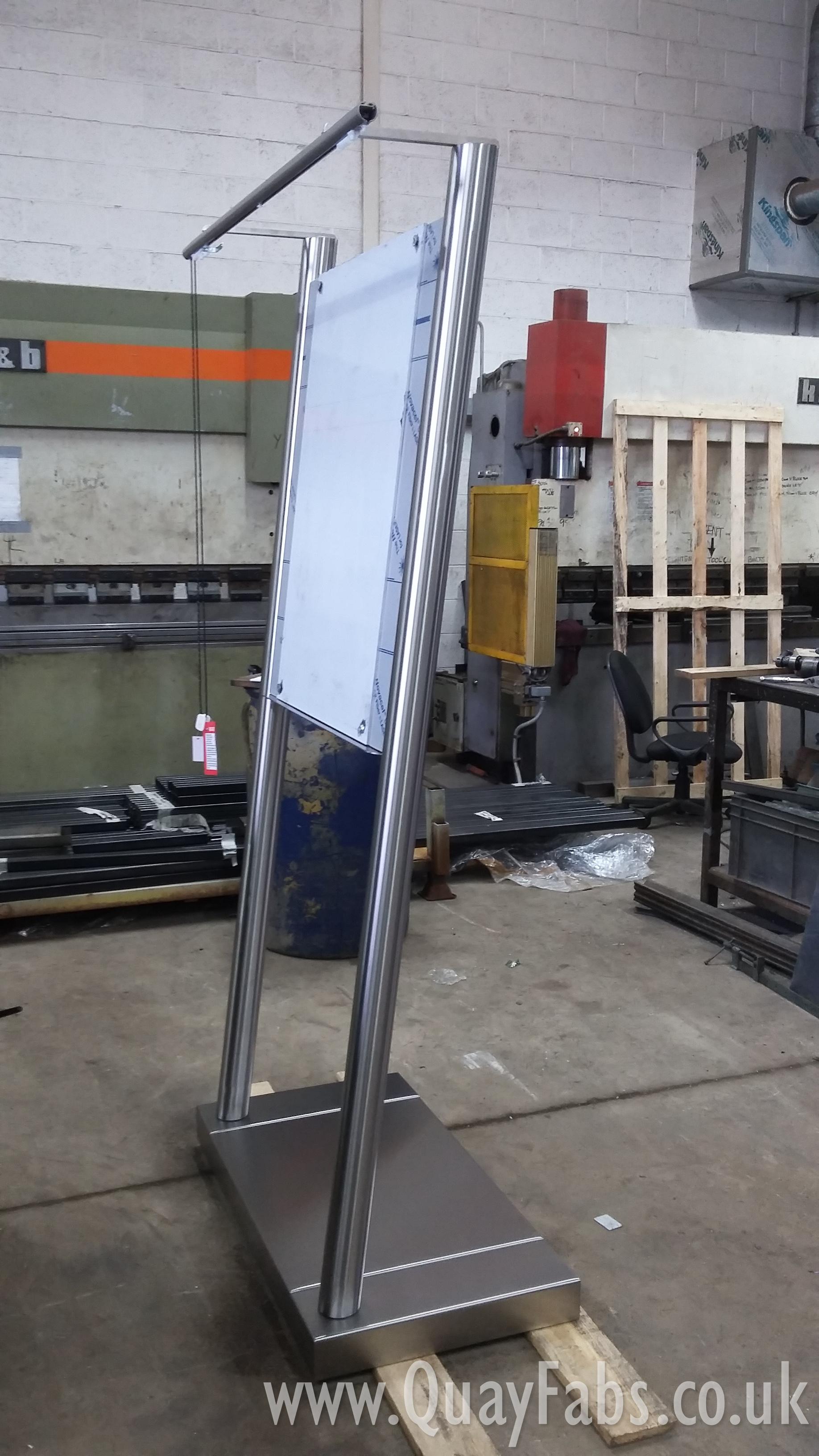 Quay Fabrications (Lancaster) Ltd Signage (2)