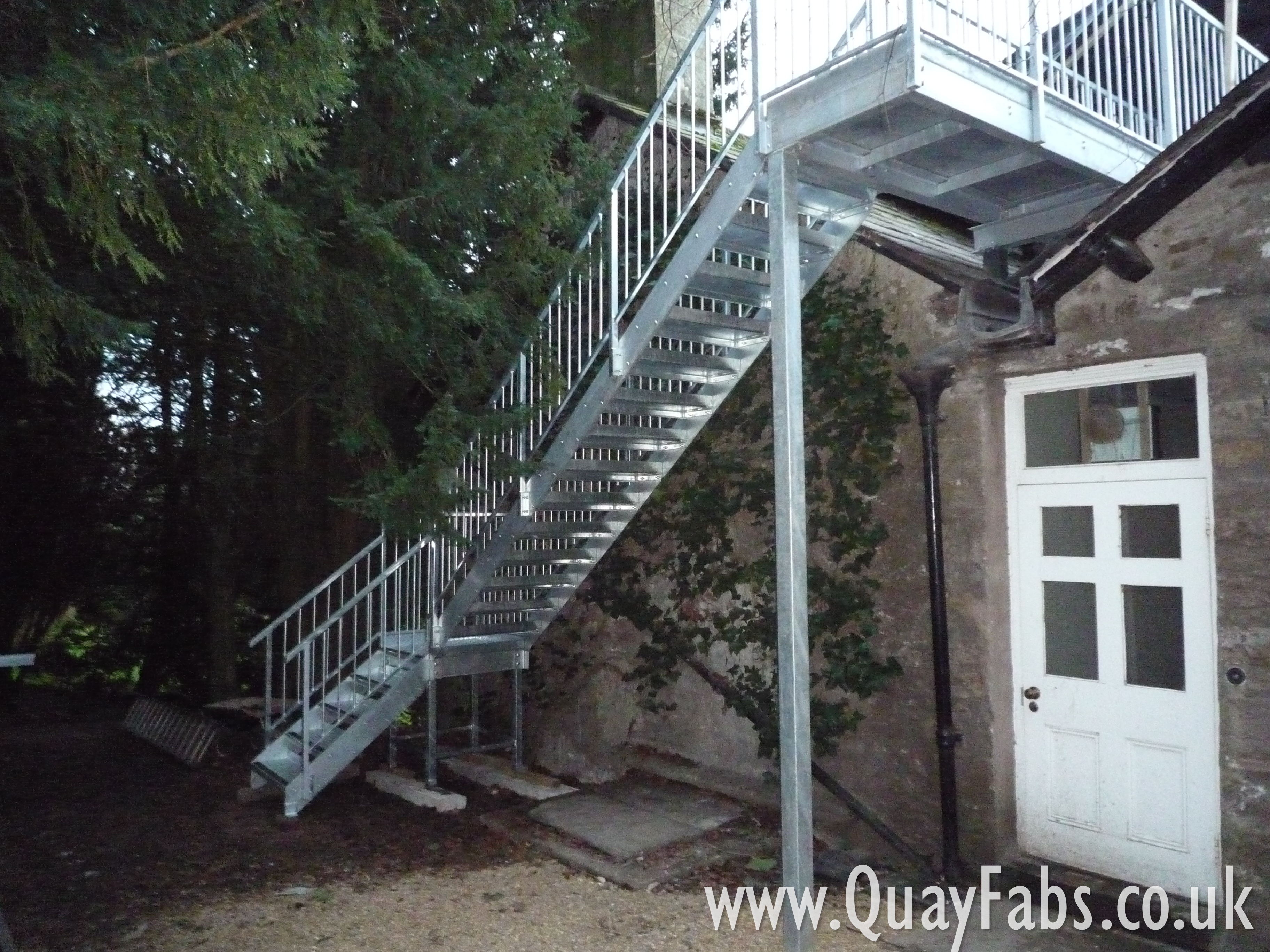 Quay Fabrications Lancaster Staircase (15)