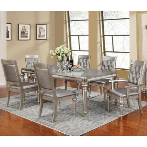 This Dining Room Set Brings Glamorous Style With Traditional Design The Two Matching Arm Chairs And Four Side Highlight Turned Front Legs