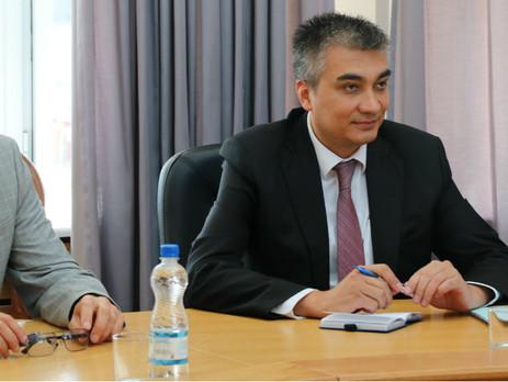 Новым послом Узбекистана в России стал Ботиржон Асадов