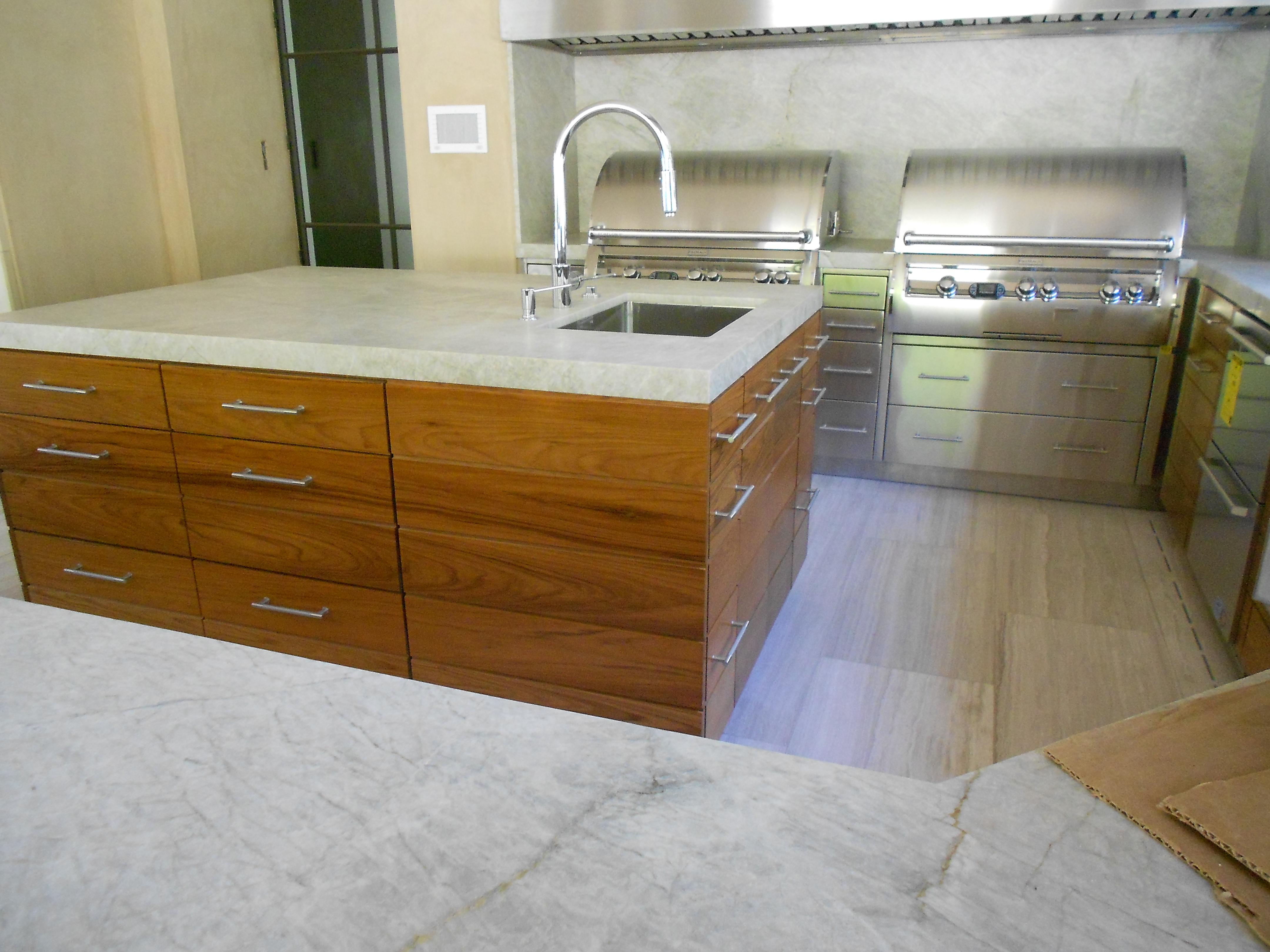 Woodwork 067