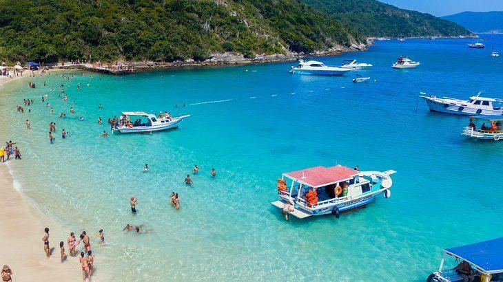 praia-do-forno-arraial-do-cabo-1-730x410