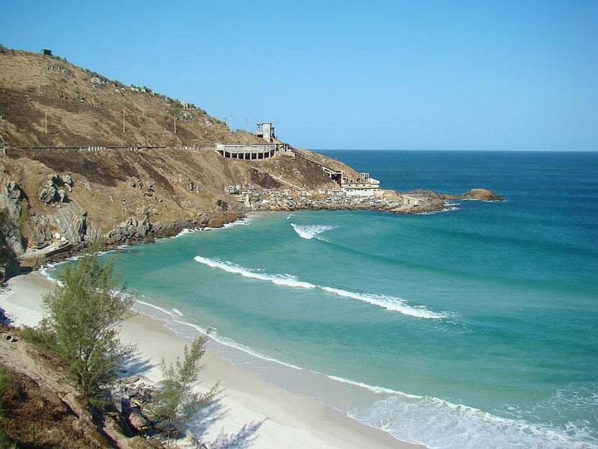 Praia-Grande-Arraial-do-Cabo-por-vocedeolhoemtudo