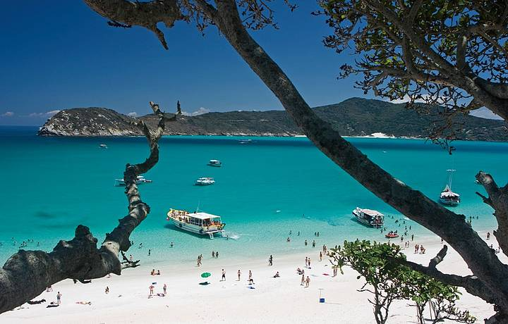 Praia-do-Forno-Arraial-do-Cabo2