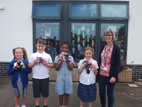Primrose Lane pupils get creating with artist Lucy Lean