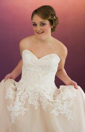 034001 Wedding dress Somerset34.jpg