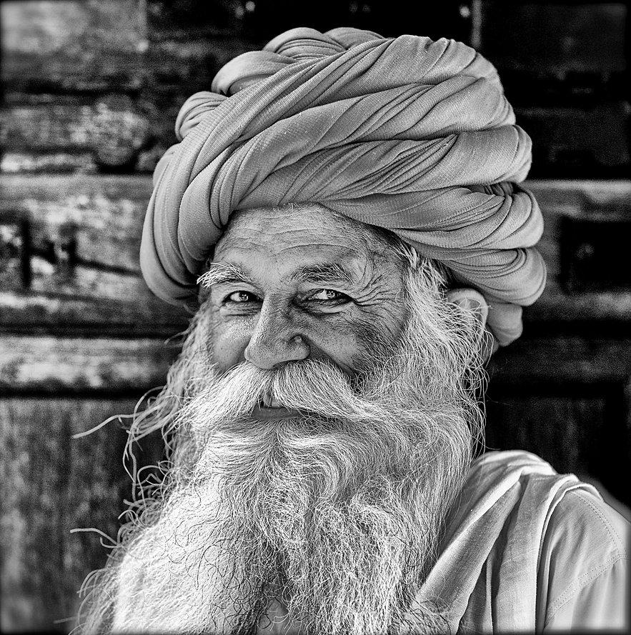 Smiling Indian in Rajasthan wearing a turban