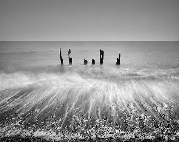 Sea Break 2, Winchelsea, UK.jpg