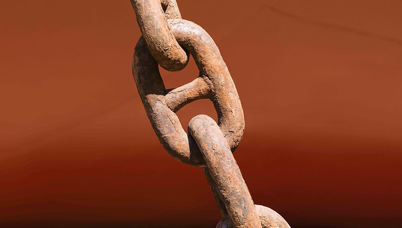 Massive ship chain anchor link