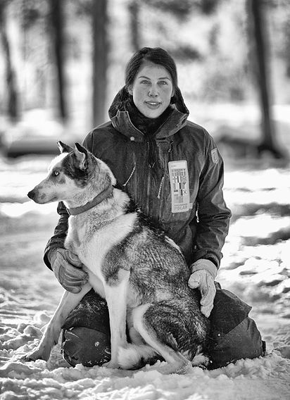 Dog and handler in the snow in Sweden ED 15: