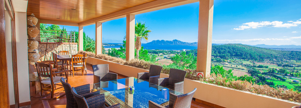 Mallorquin Mansion with Brethtaking Panoramic Views