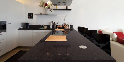 Antique_Limestone-Kitchen