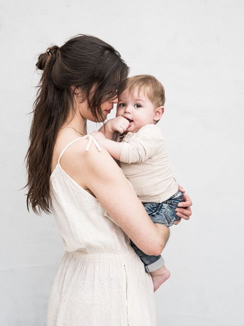 uniek moeder en kind portret haarlem | motherhood fotoshoot haarlem portretfotograaf haarlem
