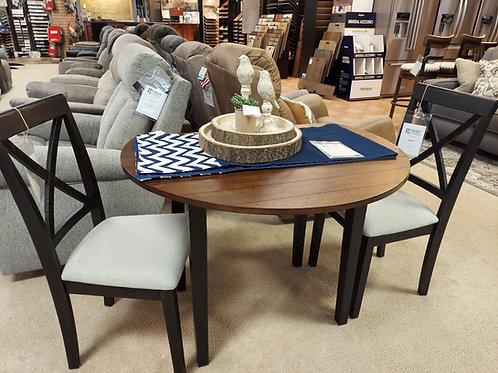 Veneta Table Set