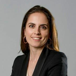 Claudia Font Spanish Lawyer, UK