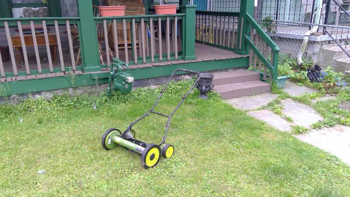 Temporalia House Lawn and Mower