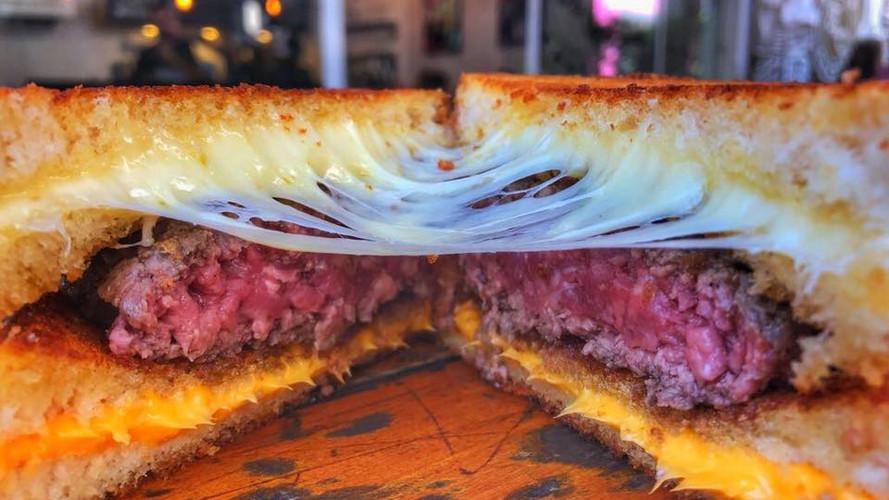 Cheese n' Burger