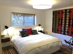 Modern Lodge - Bedroom 2