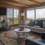 charming oceanfront manzanita cottage.we