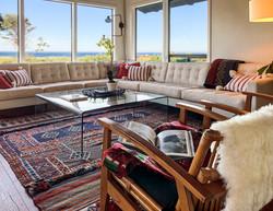 Manzanita Lodge Sitting Area