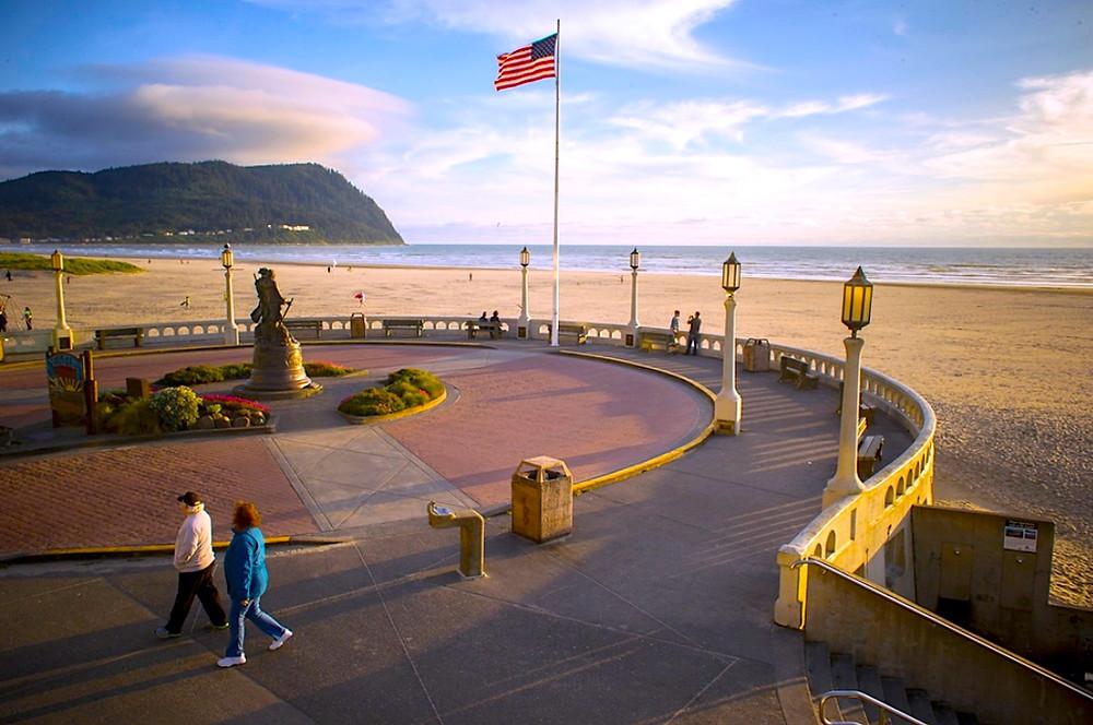 Seaside best oregon coast towns