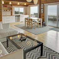 oceanfron modern cabin manzanita living and dining area