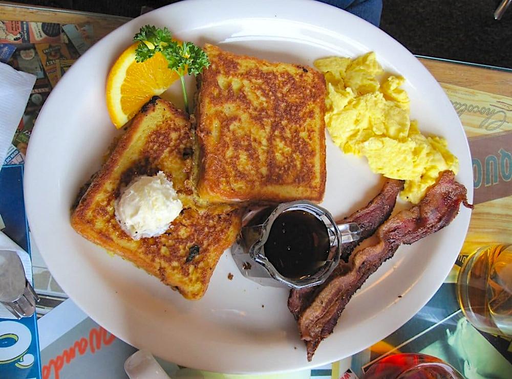 Wanda's Cafe 2X2X2 Breakfast