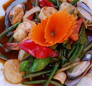 A Mighty Thai Restaurant in Manzanita Oregon