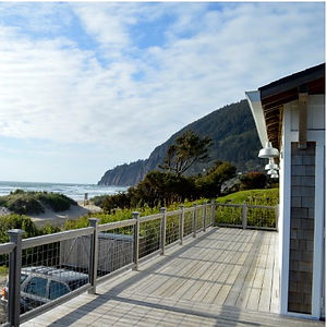 Our stay at the amazing Reed House in Manzanita Oregon