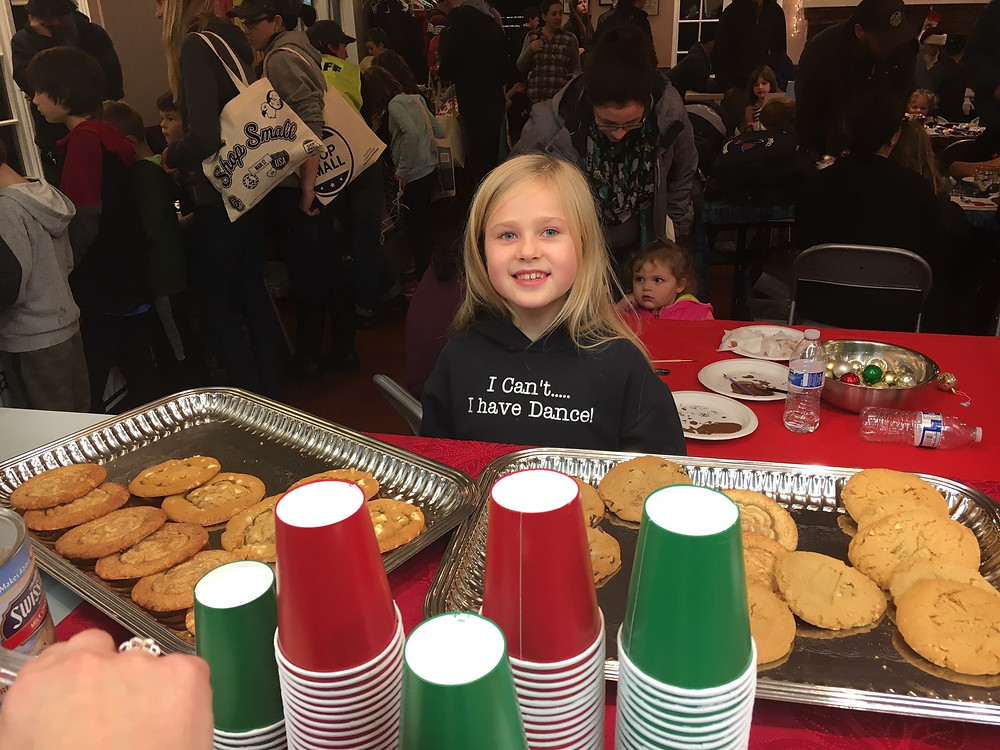 Everyone Loves the Manzanita Holiday Kids Fair