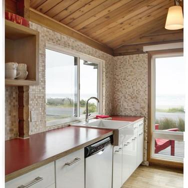 oceanfron modern cabin manzanita.webp